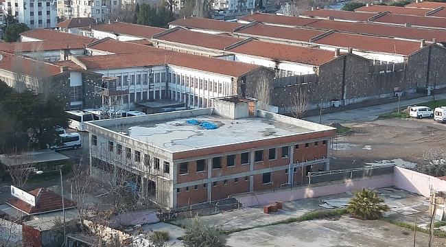 'Kaldırılacak' denilen Buca Cezaevinde yeni bina yapıldı