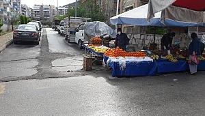 Kuşadası'nda pazarlara 'corona' düzenlemesi