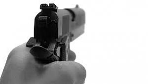 Manisa'da silahlı saldırı: 2 kişi yaralı