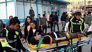Muğla'da motosiklet yayaya çarptı: 2 yaralı