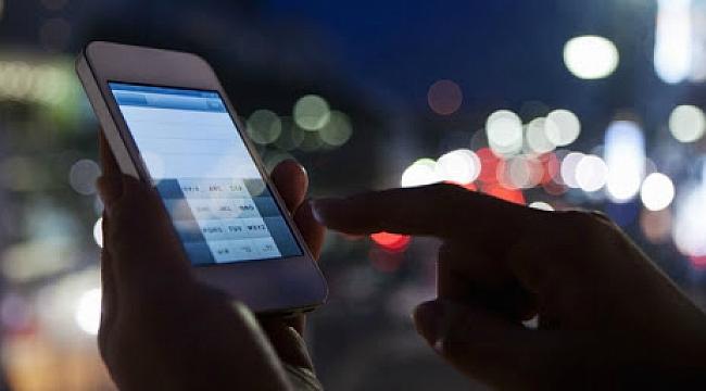 Telefonunuz sizi mi dinliyor?