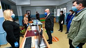 Tunç Soyer'den çalışanlara moral ziyareti