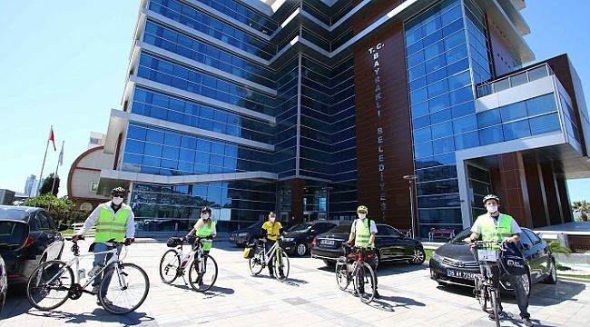 Bayraklı'da salgınla mücadeleye bisikletli destek