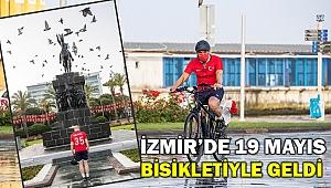 İzmir'de 19 Mayıs coşkusu... Soyer bisikletiyle katıldı...