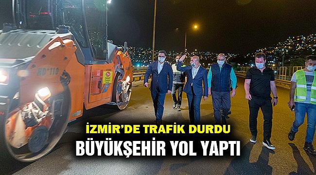 Trafik durdu Büyükşehir yol yaptı