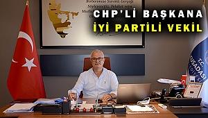 CHP'li Başkan Günel, İYİ Partili meclis üyesini vekil bıraktı