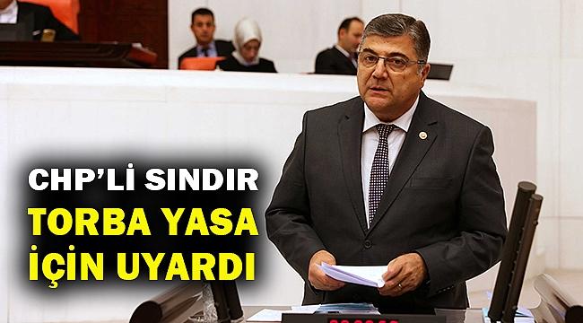 Sındır: AKP karanlıkta yol alıyor