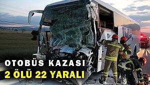 Son Dakika! Uşak'ta yolcu otobüsü ile kamyon çarpıştı: 2 ölü, 22 yaralı