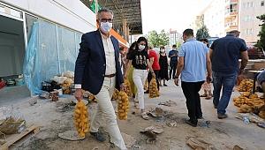 10 ton patates ihtiyaç sahiplerine dağıtılmaya başlandı