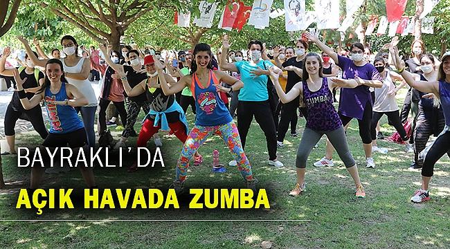 Bayraklı'da spor zamanı: Sosyal mesafeli 'Zumba'