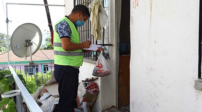 Bayraklı'da 74 aileye 150 kilo et dağıtıldı
