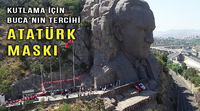 Buca 30 Ağustos Zafer Bayramını Atatürk Maskı'nda kutladı
