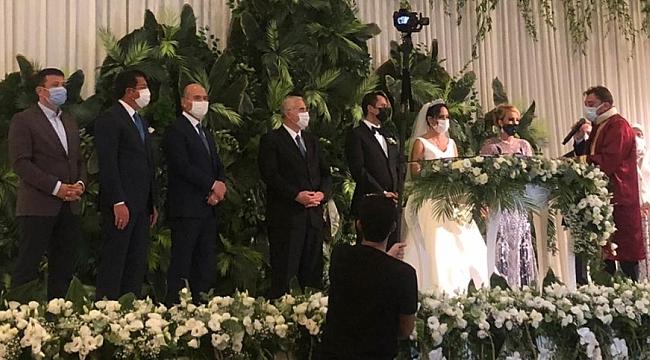 AK Parti İzmir Yöneticisi Gözde Keskin evlendi