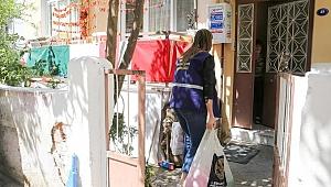 Buca Belediyesi'nden Covid -19'a karşı temizlik paketleri