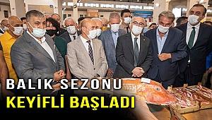 İzmir'de balık sezonu törenle açıldı