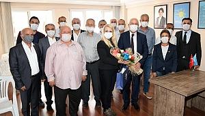 Başkan Selvitopu, İYİ Parti İlçe Başkanı Ersoz ve yönetimini ziyaret etti