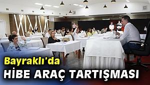 Bayraklı'da 'hibe araç' tartışması... Komisyon üyelerinden meclise protesto...
