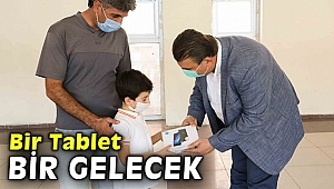 """""""Bir Tablet Bir Gelecek"""" kampanyası kapsamında tablet dağıtımı başladı"""