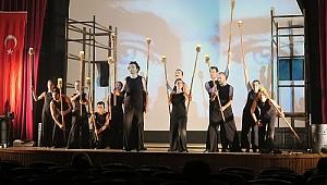 Foça'da tiyatro etkinlikleri