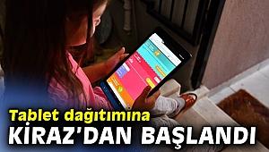 İzmir Büyükşehir'den 3 bin tabletlik eğitim desteği