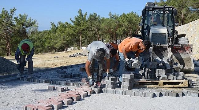 Kuşadası'nın yeni asri mezarlığı yenileniyor