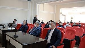 Bergama Belediyesi personeli seminerlerle bilgilerini güncelliyor
