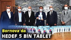 Bornova'da iş dünyasından tablet bağışı