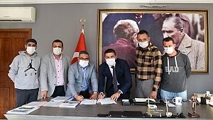 Foça belediyesi ve disk genel-iş izmir 4 no'lu şube sözleşme imzaladı