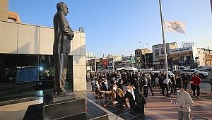 Gazi Mustafa Kemal Atatürk, Karabağlar'da da özlemle anıldı