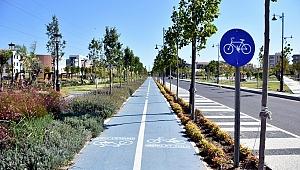 Aliağa Belediyesi Bisiklet Yolu Ağını Genişletiyor