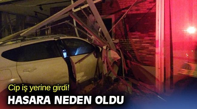 İzmir'de iş yerine giren cip hasara neden oldu