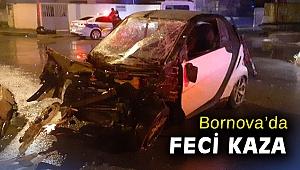 Bornova'da devrilen otomobilde bulunan 2 kişi yaralandı
