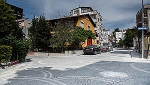 """Kuşadası belediyesi hizmeti """"yol"""" eyledi"""