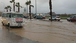 Kuşadası yenilenen alt yapısı ile bu kez yağmura teslim olmadı