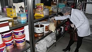 Kuşadası'nda sağlıksız gıdaya af yok