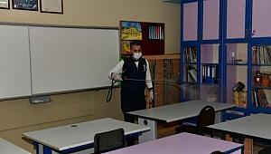 Çiğli'de Okullarda Dezenfekte Çalışmaları Sürüyor