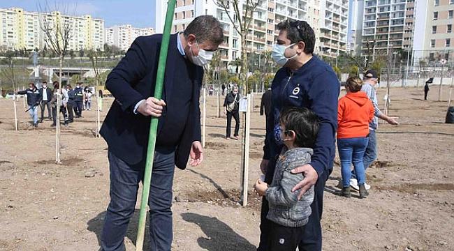 Karşıyaka'da hedef 10 bin fidan