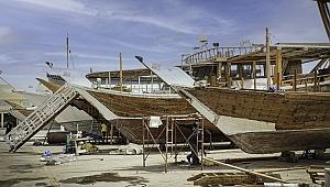 Katar, tarihi Arap yelkenlilerini yenilemek için iddialı bir proje başlatıyor