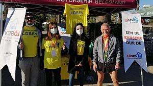 Koşar Adım LÖSEV Takımı, Maraton İzmir'de koştu!