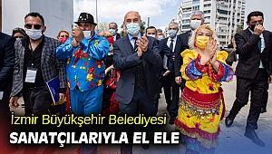 İzmir sanatçılarıyla el ele