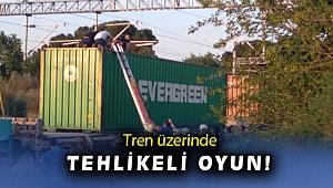 Tren vagonun üzerinde fotoğraf çekilmek isterken elektrik akımına kapıldı