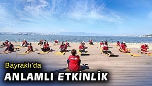 Engelli sporcular Bayraklı'da çevre temizliği ve meditasyon yaptı