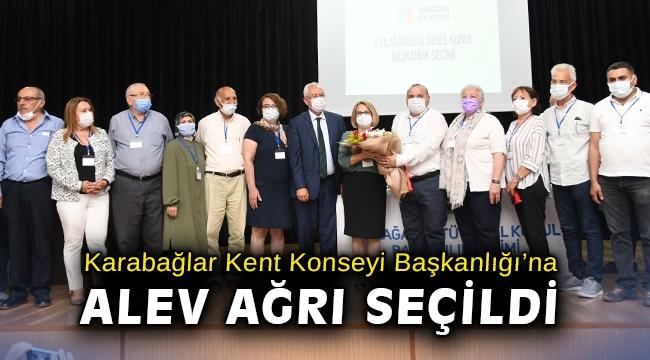Karabağlar Kent Konseyi Başkanlığı'na Alev Ağrı seçildi