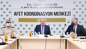 """Vali Köşger'den önemli açıklamalar: """"İzmir, deprem riski en yüksek metropollerden biri"""""""