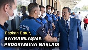 Başkan Batur, bayramlaşma programına başladı