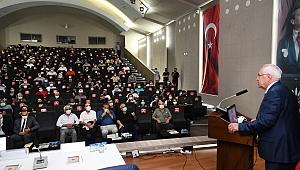 Karabağlar Belediyesi, 106 hektarlık alanın planlarını vatandaşlara anlattı