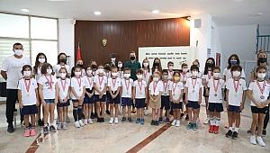 Rektör Hotar'dan miniklere ziyaret