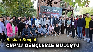 Başkan Sengel CHP'li gençlerle buluştu