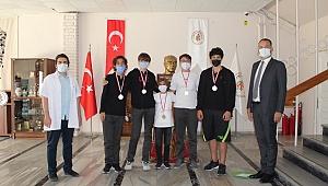 İlk Oyun Festivali'nden Çamlaraltı'na 2 Madalya