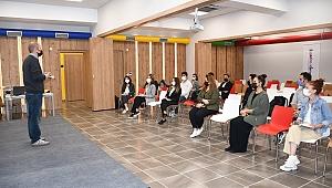 Kuşadası Belediyesi personeline proje yazma eğitimi